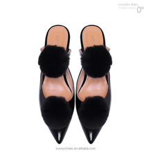2017 global selling ball fur pointed toe flat sandal for lady