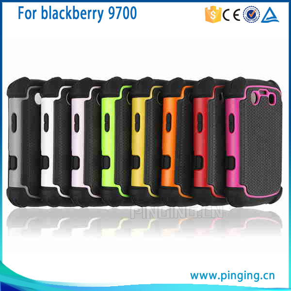 Wholesale football textured phone cover for blackberry bold 9700 onyx , pc + tpu hard case for blackberry bold 9700 onyx