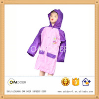 2015 new popularity style of raincoat with hat and sleeves for kids
