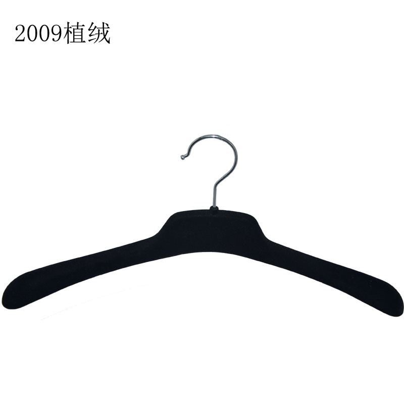 Hot sale black velvet jacket hangers cheap plastic hanger for clothing