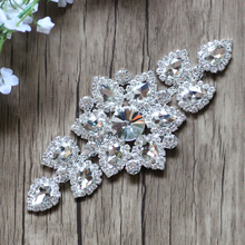 Wholesale rhinestone applique embroidery pearl bridal sash crystal jewelry wedding appliques MYGAP002