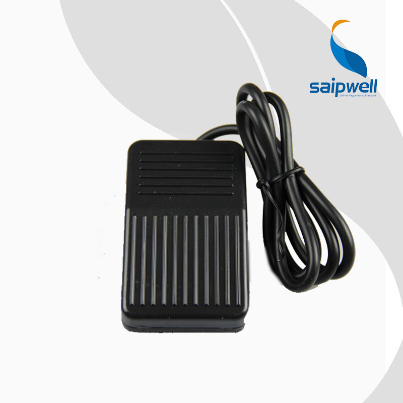 China Supplier High Quality CE Certificated Pedal Foot Switch Saip Saipwell Waterproof Lamp Foot Switch
