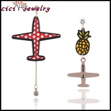 New Korean Wholesale Arcylic Cartoon Plane Earring Women Asymmetric Earring