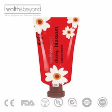 Natural Ingredient SPF30 PA+++ Best Sunscreen For Face and body