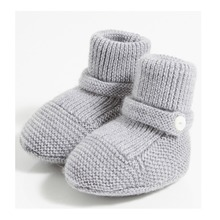 Wholesale soft knitted dongguan factory children shoes 2017 baby booties