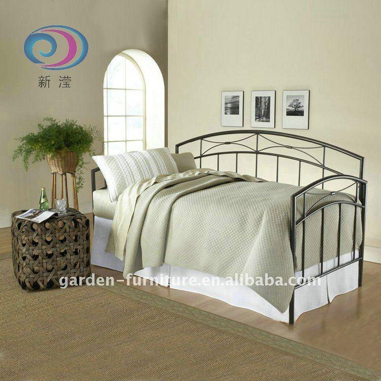 Divano letto in ferro battuto divani di soggiorno id - Divano letto in ferro battuto ...