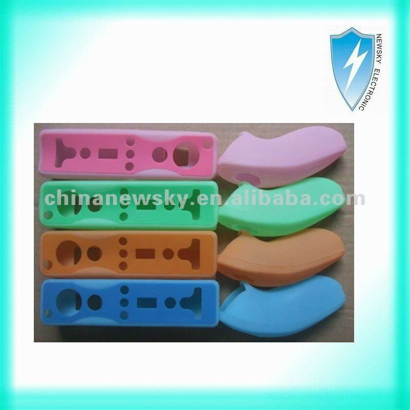 Brand-new color silicon case sleeve for Wii controller