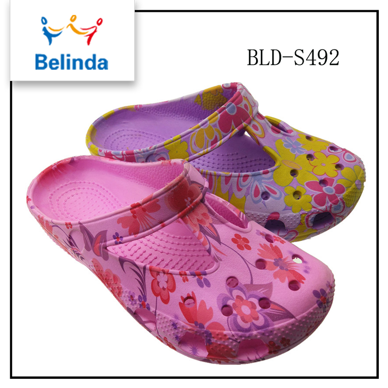 Hot sale anti slip eva colorful nursing clogs for lady