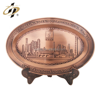 Promotional cheap custom metal zinc alloy valentine gift city building engraved souvenir plate
