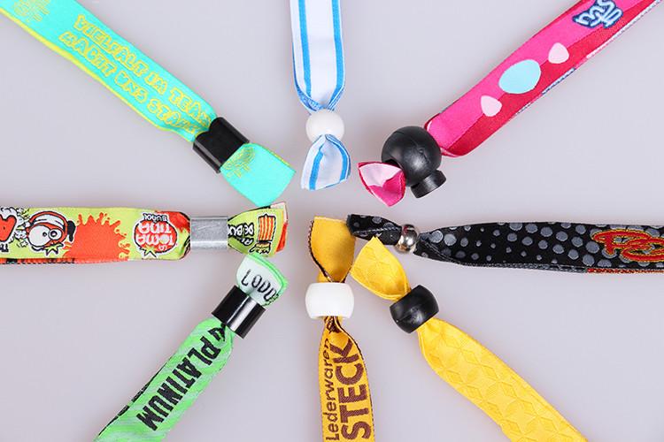 Personnalisé conception une fois utilisé tissu festival bracelet