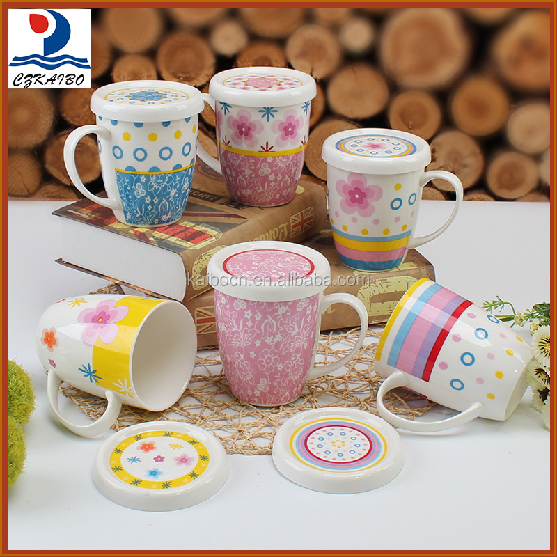 Factory customized pretty pattern porcelain mug with lid wholesale