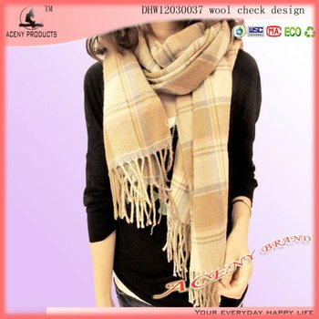 Soft Feeling 10 Tassels Thick And Warm Wool Check Scarf