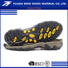 China manufactures latest design men shoe sole