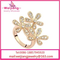 G212 crystal stone rings triangle stone ring crystal ladybug ring