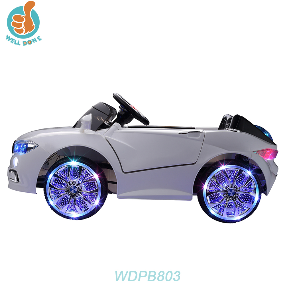 WDPB803 Cool Design Electric Four Wheel For Sport Car With Double Door Open
