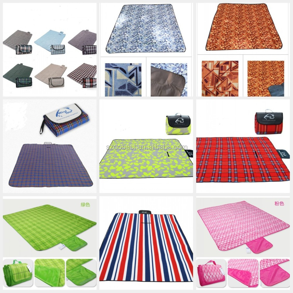 Factory Customized Outdoor Foldable Picnic Blanket With Self-packing Handle Bag Waterproof Folding Beach