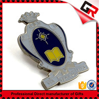 Promotional metal badge handicraft making