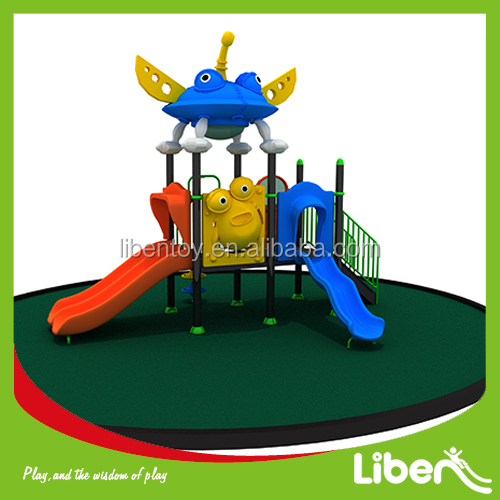 Game Outdoor Plastic Play Castle for backyard and park LE.XK.008