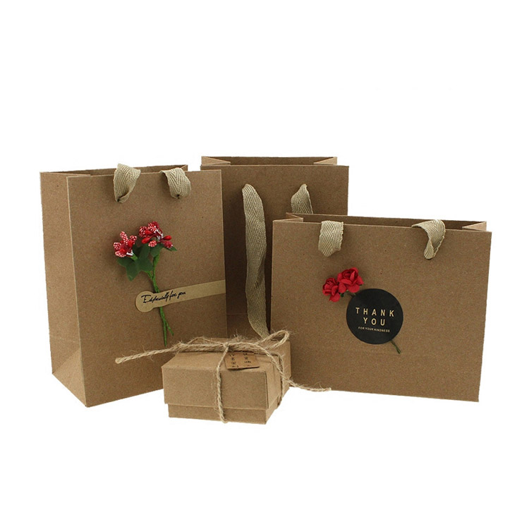 Brown flat bottom kraft paper packaging carry grocery bag with handle