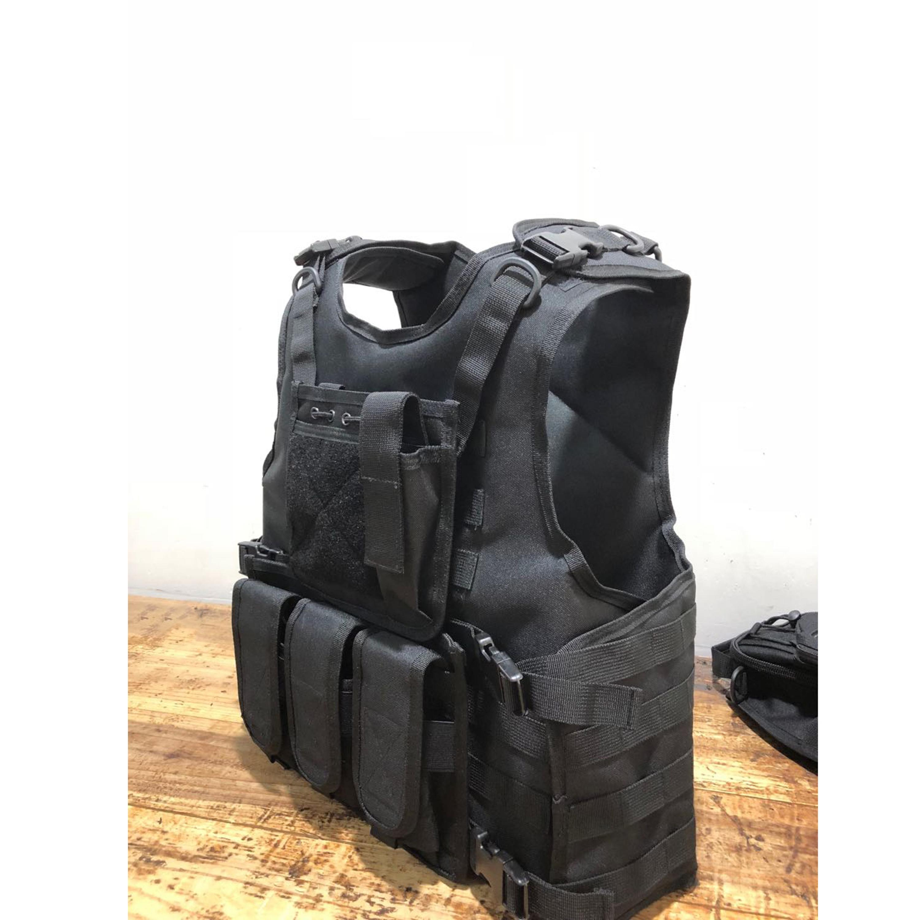 Hot Sale 600D Camo Military Tactical Vest With Armour Plate Compartments