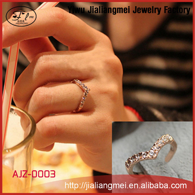 Latest Crystal Jewelry Finger Ring, Wedding Ring, Ladies Engagement Ring