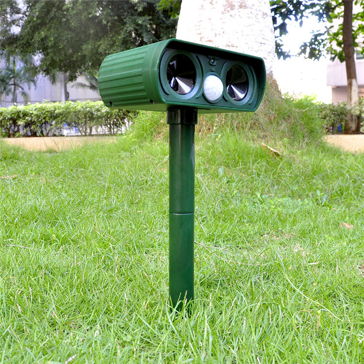Best Selling High quality Best Price Factory Manufacturing Dog Cat Trap Solar Dog Cat Repeller