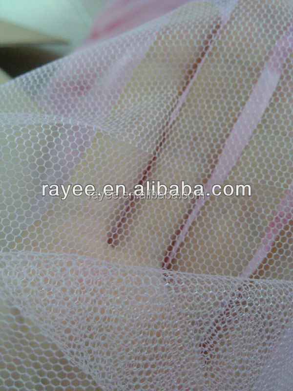 <strong>Polyester</strong> or nylon material diamond/hexgonal fishing mesh fabric, bridal veil mesh fabric lace mesh,mesh fabric for sports shoes