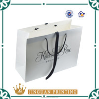 Promotion custom paper shopping bag in China