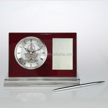 2015 new design wooden table clock with pen holder K8033
