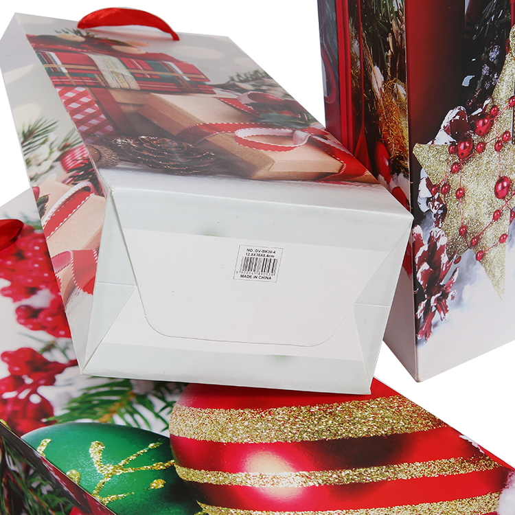 Popular new designed Christmas gift paper bags for wine