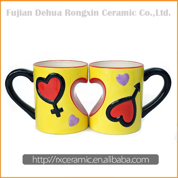 China supplier wholesale hand-painted heart shape ceramic couple mug