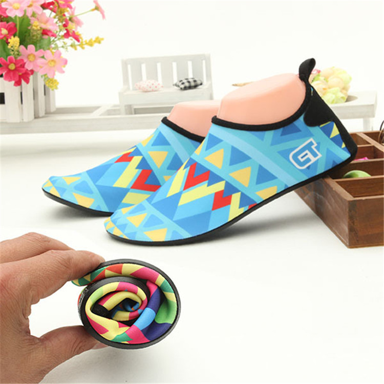 aqua shoes socks skin rubber sole with grip newly design (19).jpg