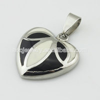 Fashionable Silver Plated Enamel Black & White Stainless Steel Heart Pendant