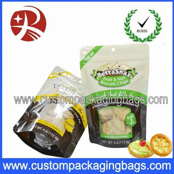 Bottom gusset Plastic pet food bag with top resealable ziplock
