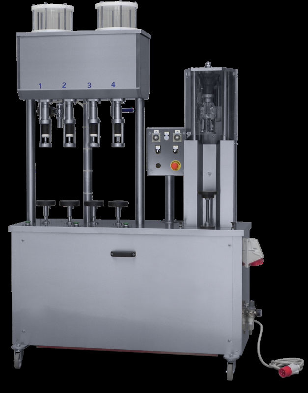 Semi-automatic monoblock with vacuum filler and capper for aluminium screw caps.