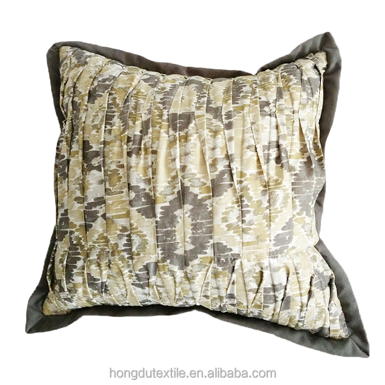 China wholesale home textile decorative comfortable pleated tie-dye print sofa throw pillows 16''*16''