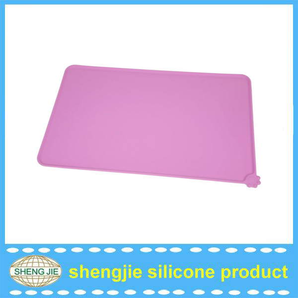 Elegant best selling food grade silicon pet food mat / rubber pad