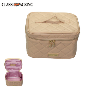 Top quality portable hanging waterproof beauty makeup bag multi function travel cosmetic bag
