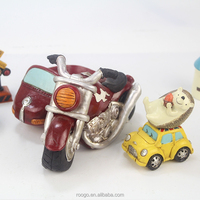 ROOGO Resin Farm Vintage Car Indoor