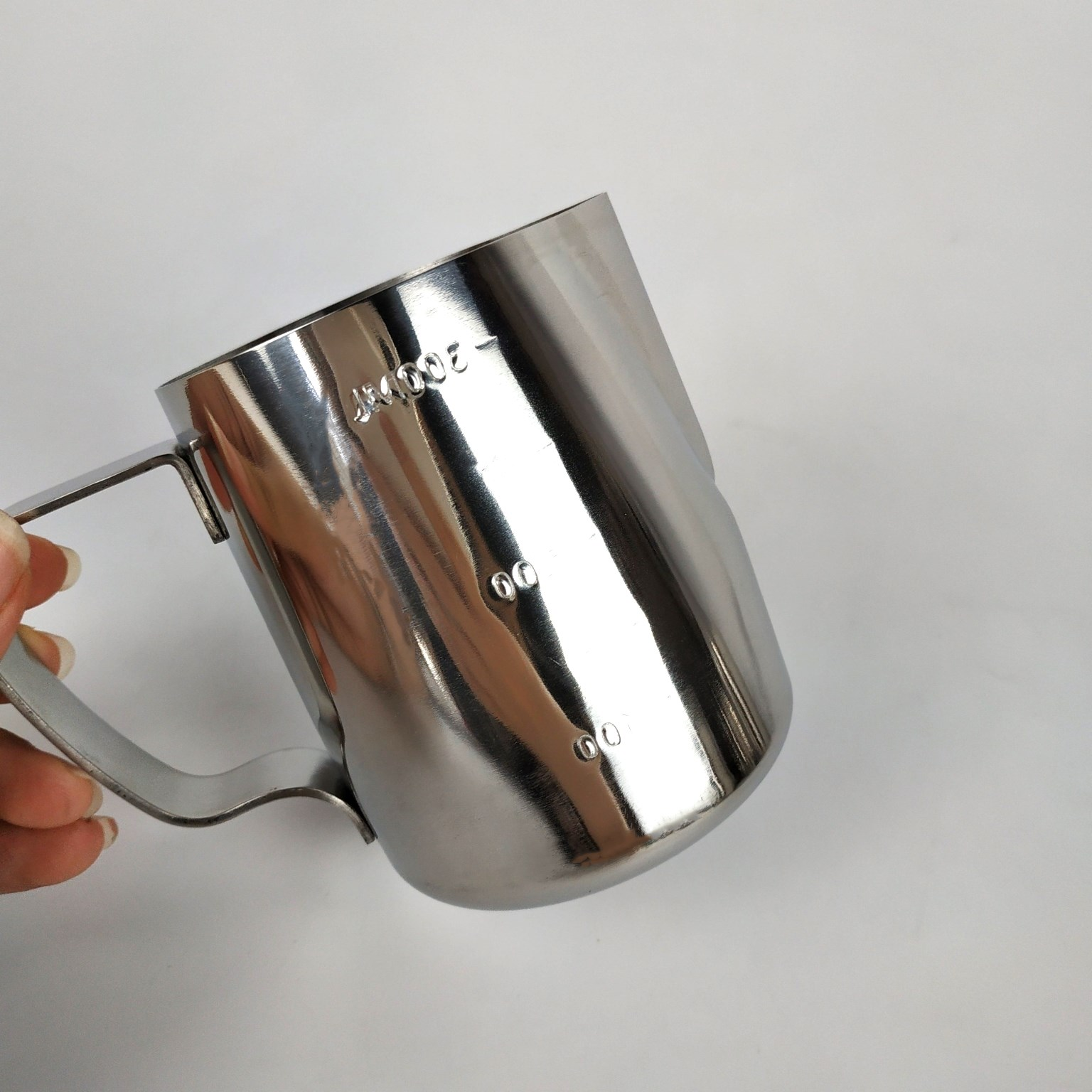 Stainless Steel 18/8 Coffee Steaming Pitcher / Measuring Coffee Mug Frothing Pitcher Milk Jug