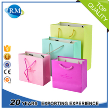 Heart shape different colors delicate gloss lamination decorative paper bags