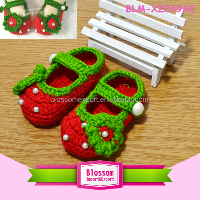 Hot sales red sweet handmade wholesale newborn shoes for baby