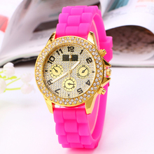 High quality new fashion silicone wrist watch diamonds case silicon watch