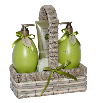 Promotional body Care Bath Gift Set Mourishing bath products with Fresh pear perfumed shower gel bubble bath