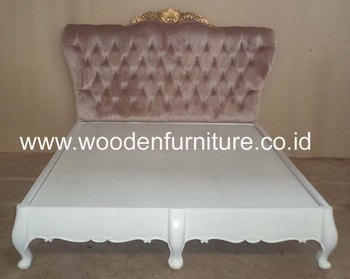 French Style Upholstered Bed Antique Reproduction Wooden Bed Antique Bedroom Furniture European Style Home Furniture