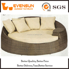 Large Size Round Daybed Cushion Covered With Arm Table