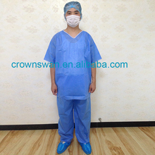Medical supplers Disposable non woven pyjamas/scrub suit/sauna suit for SPA centre