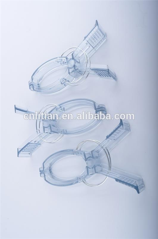 provide OEM/ ODM service Convenient functional plastic clothes pegs