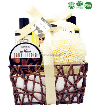 Man's Deluxe Perfumed Bath Gift Set with Shower Gel Bubble Bath Body Lotion Body Scrub EVA Puff in Paper Rope Basket