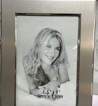 Real pictures Aluminum photo frame for remembering beautiful things cheap price